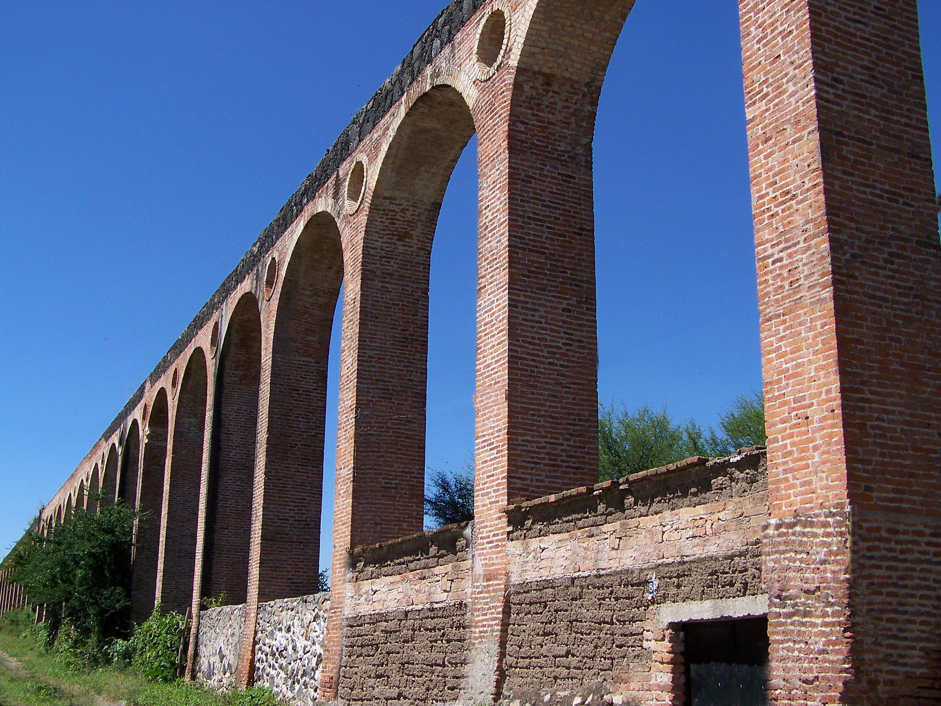 Acueductos en Bellavista